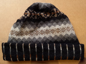OLD SHETLAND TURN UP HAT - BLACK by HEATHER KNITS