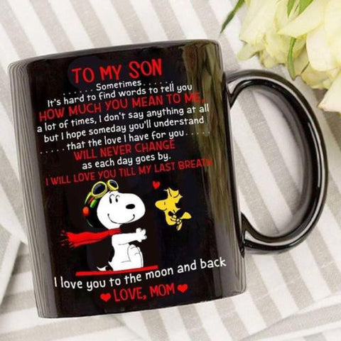 Snoopy Mom To My Son Love You To The Moon