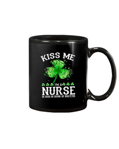 Patrick's Day Clover Leaf Kiss Me I'm A Nurse Coffee Mug