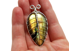 Load image into Gallery viewer, Labradorite leaf brooch