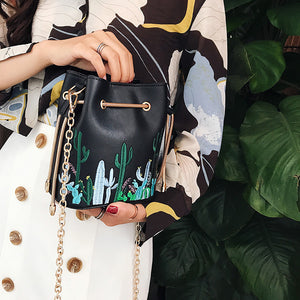 Embroidery Chain Bag & Crossbody Handbags