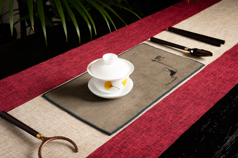 Ceremonial Tea Table Runner Set - Linen (Red)