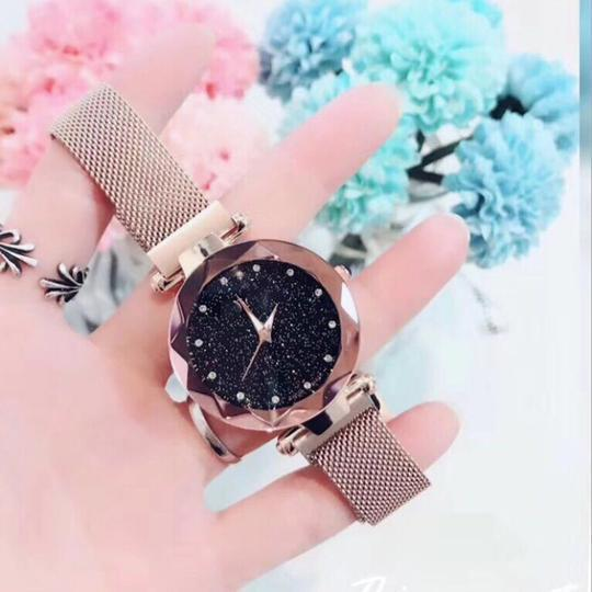 Custom  Bling-Bling Magnetic Watchband Engraved Women Watches