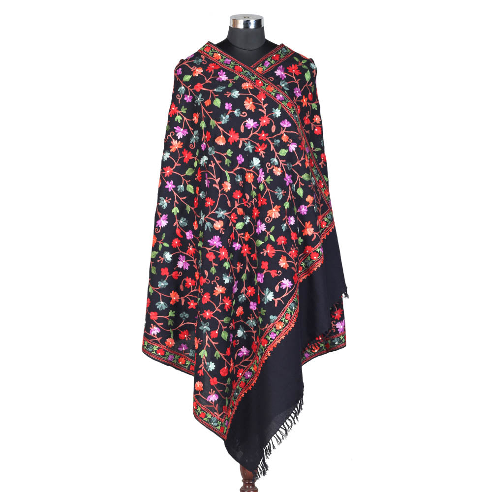 Pure Woolen Black Shawl (Jaali Type)