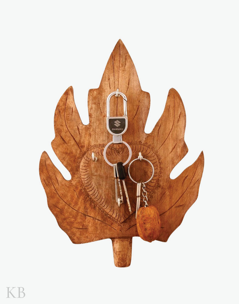 Walnut Wood Medium Chinar Key Hanger