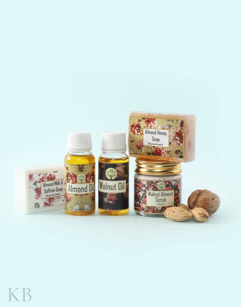 Essential Almond and Walnut Beauty Pack