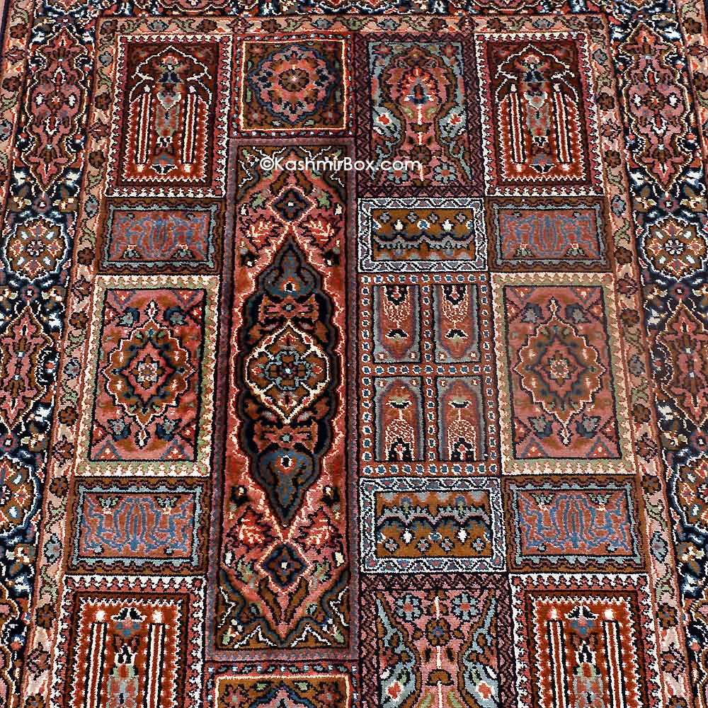 Black Gumm Silk Carpet