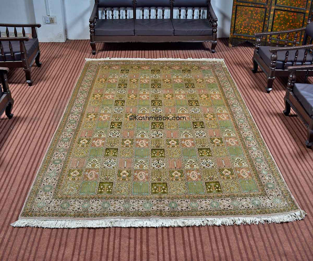 White Dabdar Silk Carpet
