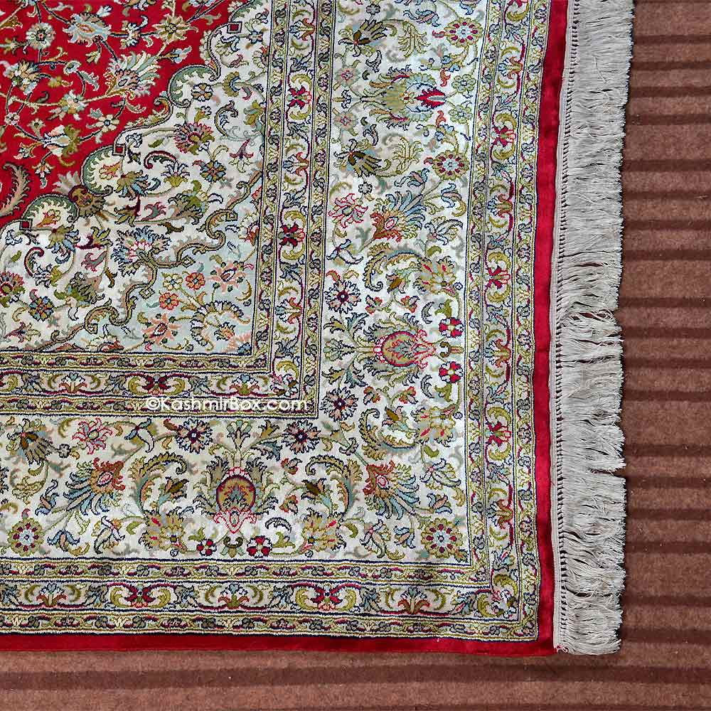 Red Kashan Silk Carpet
