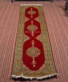Red Open Silk Carpet