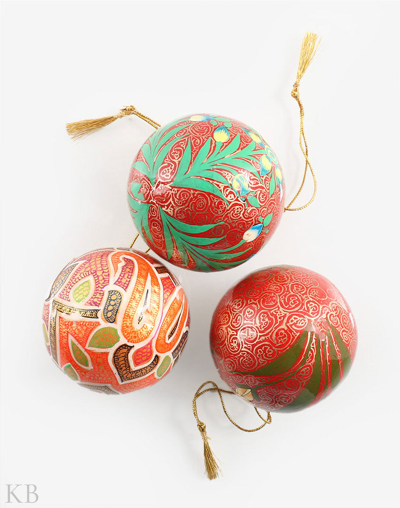 Multicoloured Paper Mache Decorative Balls (Set of 3)