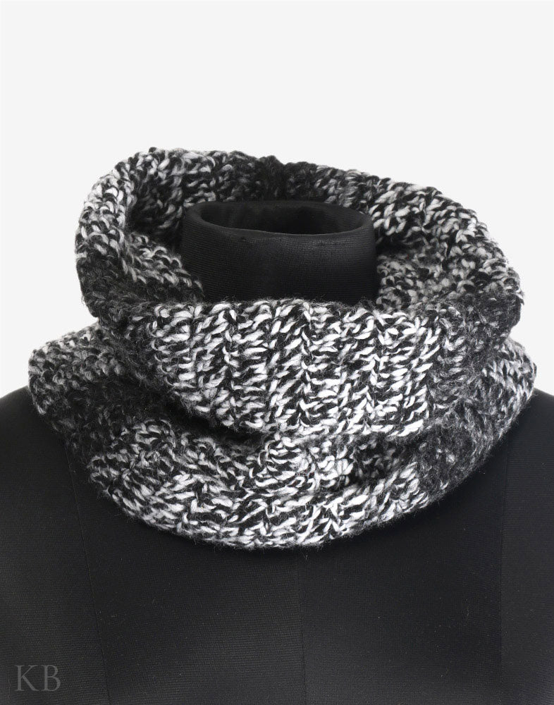Black And White Woolen HandKnit Chunky Cowl