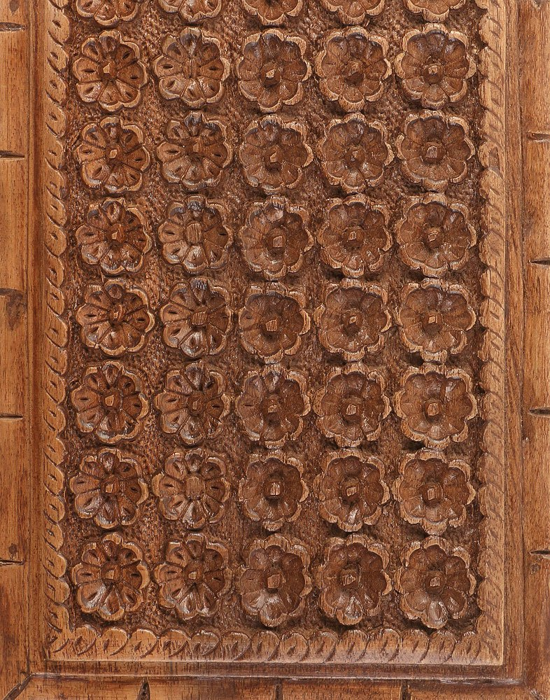 Flower Rows Walnut Wood Box