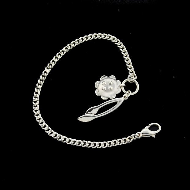 designer solid silver curb chain bracelet with retro daisy and leafstem charms