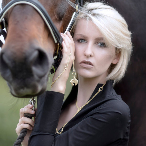 Horse with model wearing 9ct solid gold Farah Neckchain