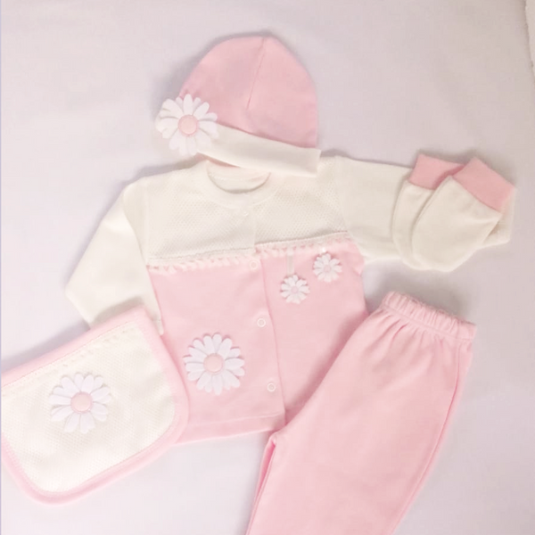Baby Girl Pink Daisy Gift Set