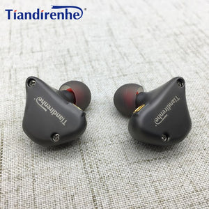 Dynamic Custom Made Celebrity Earphone