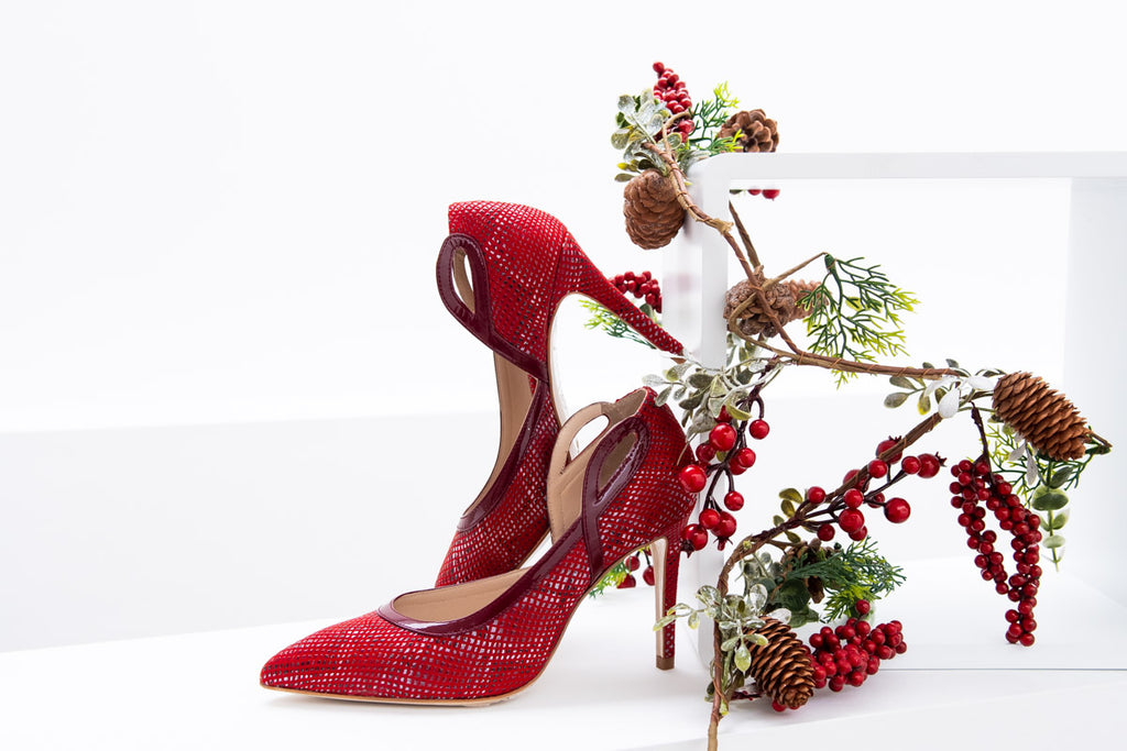 Textured Mori pump in standard and wide fit, a perfect festive treat.