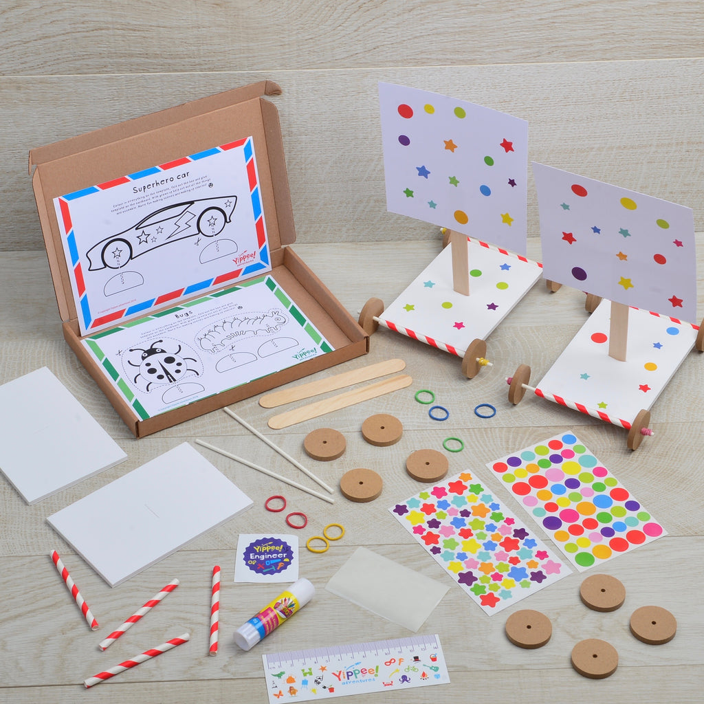 Racing wind cars activity kit