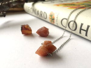 'Artemis' Raw Topaz Gemstone Necklace - Necklace