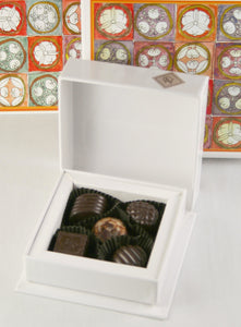 Five Pieces Chocolate Box
