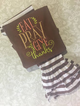 Eat Pray Give Thanks tee, fall outfit