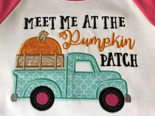 Meet me at the pumpkin patch applique raglan