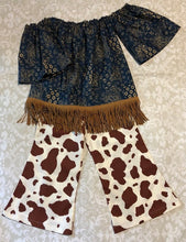 Off the shoulder bandanna fringe top with pony print flair pants