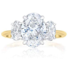 Load image into Gallery viewer, 4 Carat Oval Wedding Engagement Ring Wedding Ring HK Jewellers