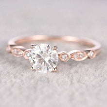 Load image into Gallery viewer, Brilliant Moissanite Engagement ring Vintage Ring HK Jewellers