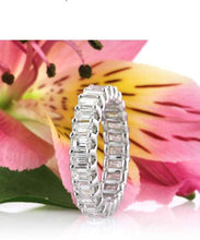 Load image into Gallery viewer, Emerald Cut Moissanite Wedding Band Wedding Band HK Jewellers