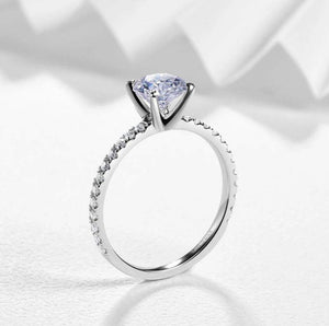 Round Moissanite Diamond Engagement Ring Engagement Ring HK Jewellers