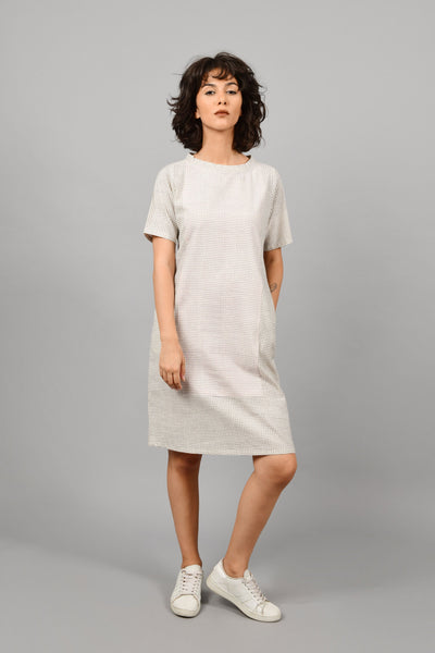 Tremolo- Boat Neck Dress