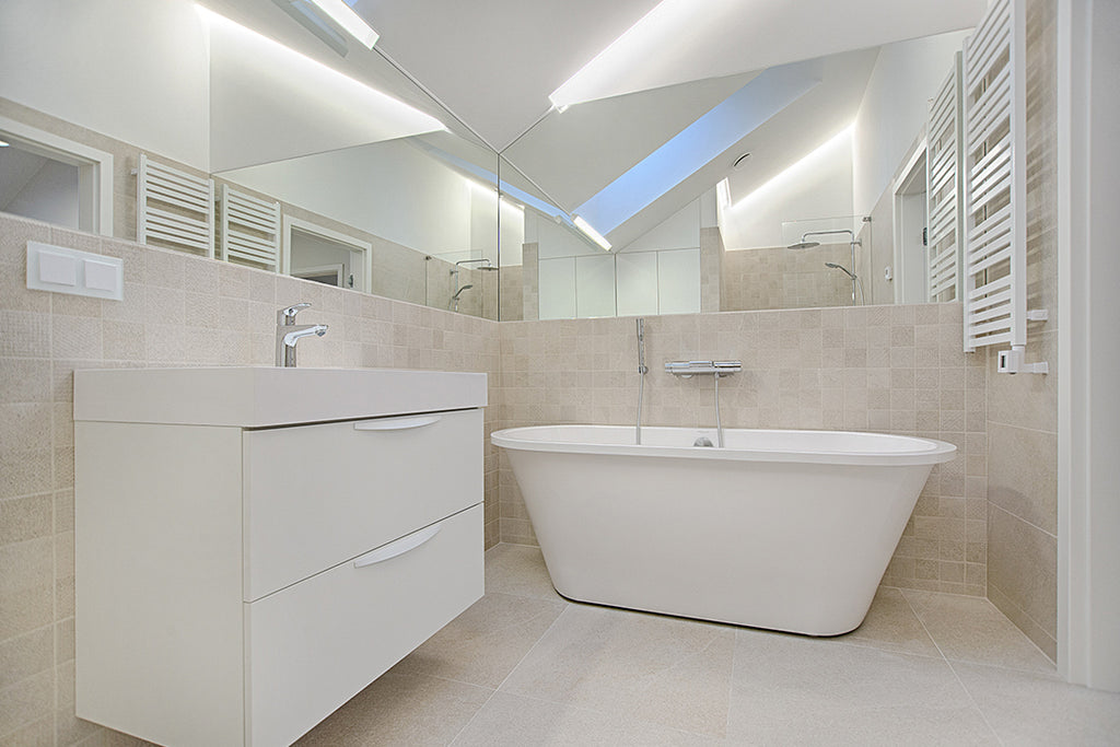 Make Your Bathroom Tiles Sparkle With This Quick DIY Solution