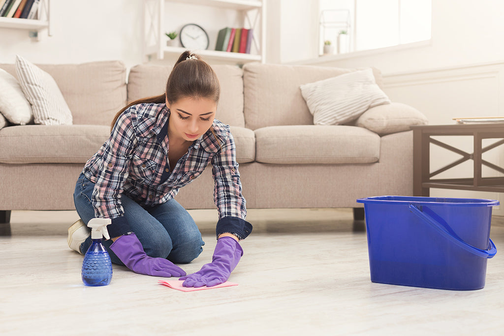 BRUSH, BRUSH, BRUSH, 3x A DAY: Why brushing and scrubbing your floor important