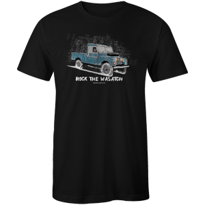 Men's T-shirt - Snow Land Rover Truck