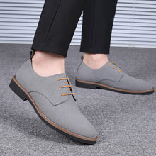 Load image into Gallery viewer, Men Pure Color British Style Non Slip Casual Leather Shoes