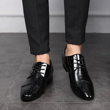 Load image into Gallery viewer, Men Large Size Formal Pointed Toe Lace Up Business Blucher Shoes