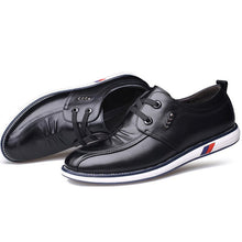 Load image into Gallery viewer, Men Soft Cow Leather Wear-resistant Lace Up Casual Shoes
