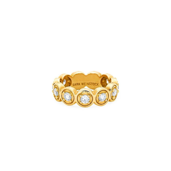 Round Bezel Ring | Shop 18k Gold and Diamond Jewelry Rings | Yellow Gold | Sara Weinstock Fine Jewelry