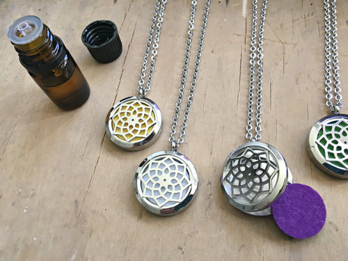 Aromatherapy Necklace, Essential Oil Necklace, Essential Oil Diffuser Necklace, Stainless Steel Locket Necklace, Meditation Gifts Aromatizer