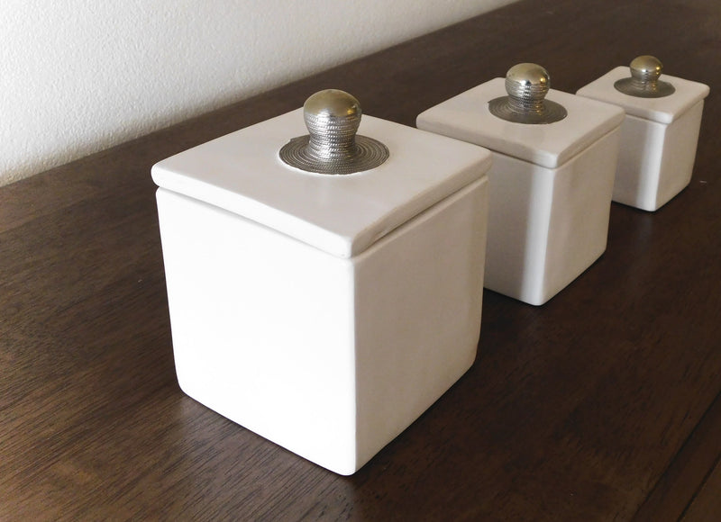 Tadealkt Boxes - White