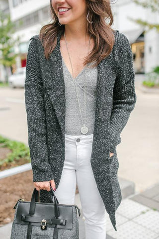 products/c-casual-winter-outfit-sweater-coatigan-gray-bodysuit-julie-vos-necklace-684x1024.jpg