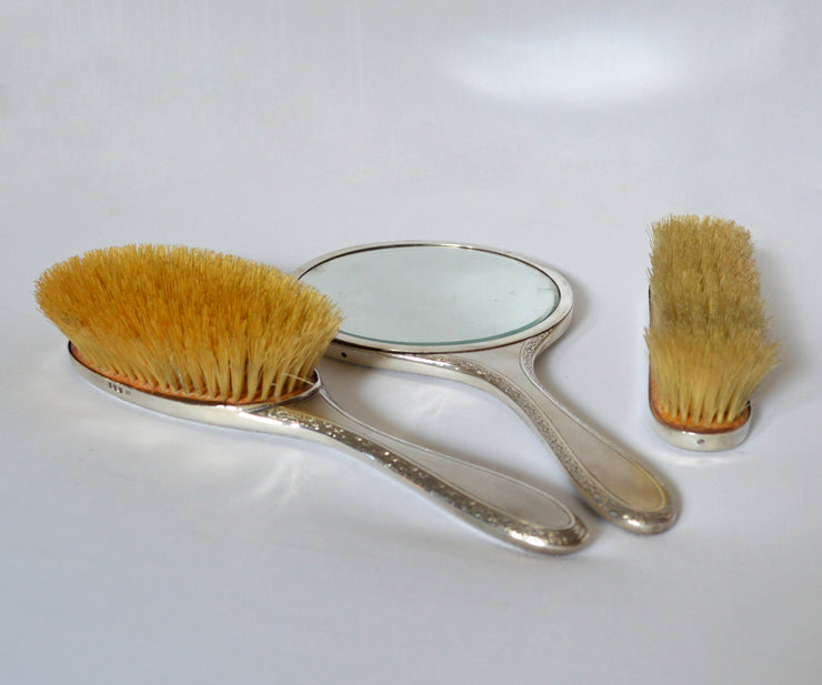 Antique three pieces sterling silver vanity set