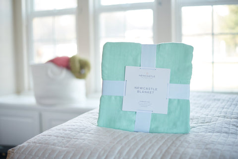 Bamboo Blanket Oversized Queen - Seafoam Green