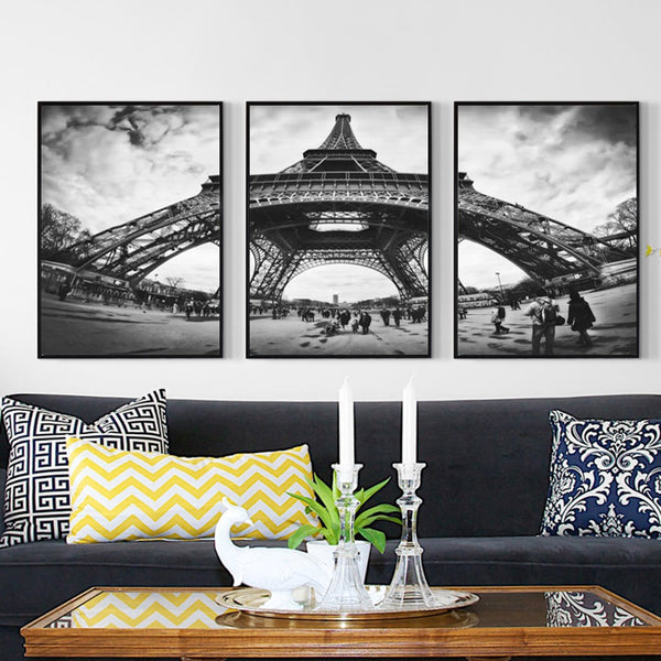 Monochrome Eiffel Tower