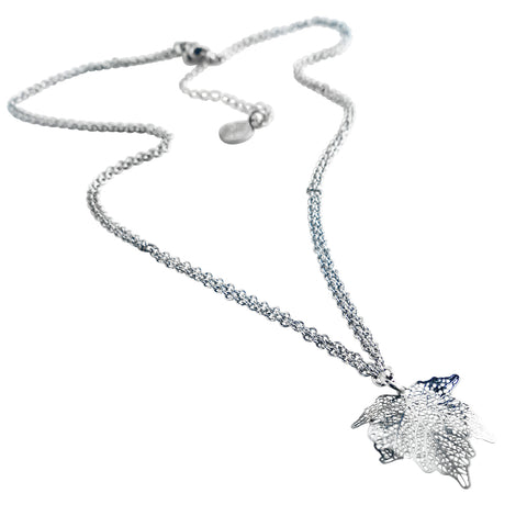 Nature Divine Leaf Necklace Mini -Stainless Steel | Yggdrasil by Sweden jewelry / smycken kort halsband löv stål
