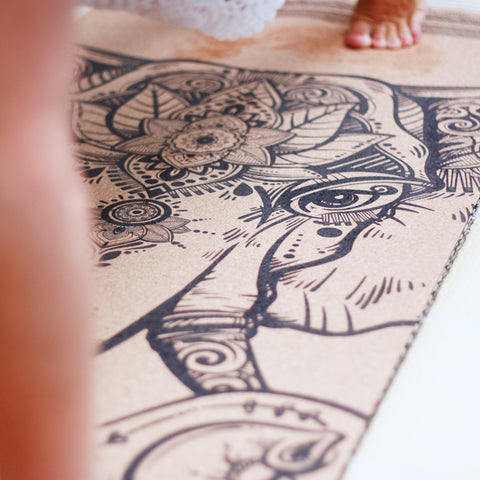 Non slip / Anti-slip cork yoga mat with print The Powerful Mind elephant  | Yogamatta kork med tryck | Yggdrasil by Sweden