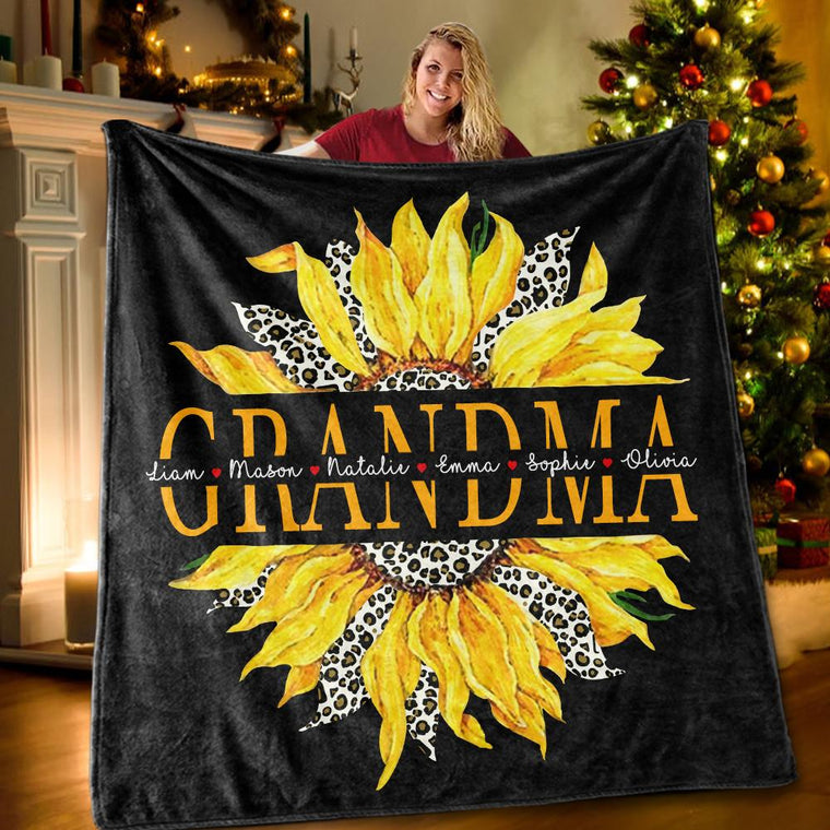 Custom Title Sunflower Blanket with Grandkids' Names