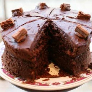 Chocolate Cake Combo - Special for the whole family and oh so lekker.